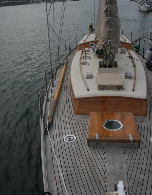 43′ Camper and Nicholson sloop England